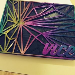 Urban decay vice 4 gently used.. Beautiful I just